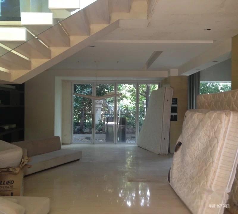 二沙岛 新世界花园独栋别墅 装修保养好 环境好 可看房