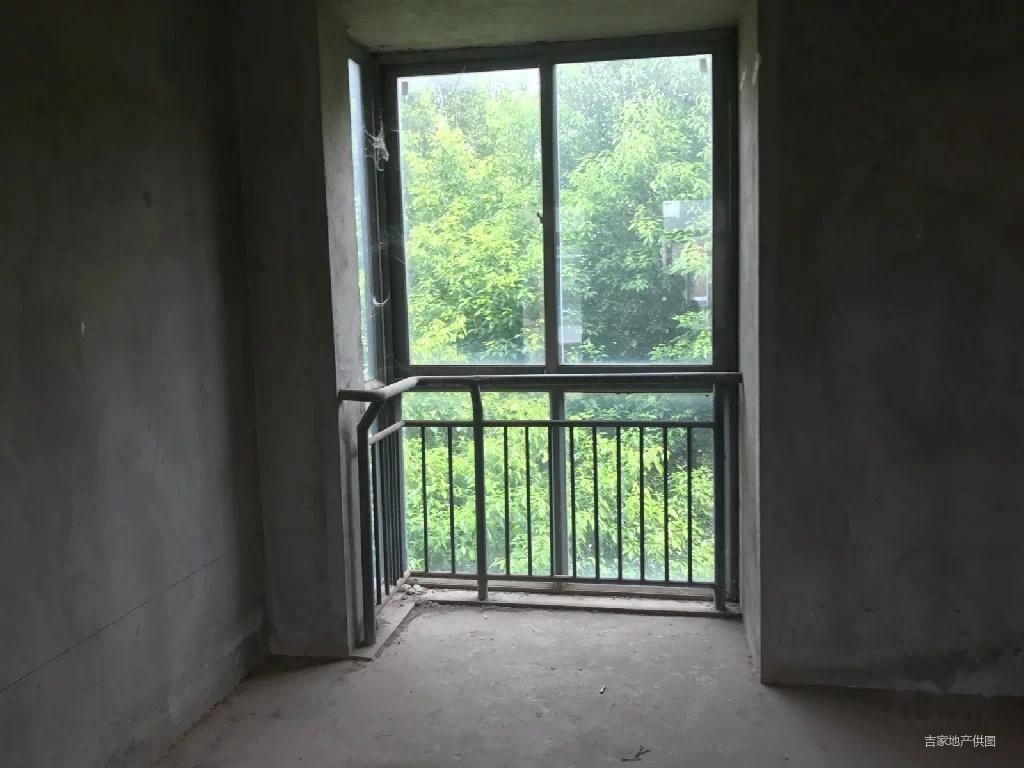 沿海赛洛城别墅,联排别墅,上下三层,50平米露天阳台