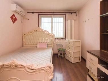 两室一厅 精装修 位置较好 成熟社区