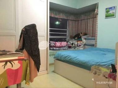 带半圆形大阳台,主卧带直角凸窗 可改成2房,新谈价190