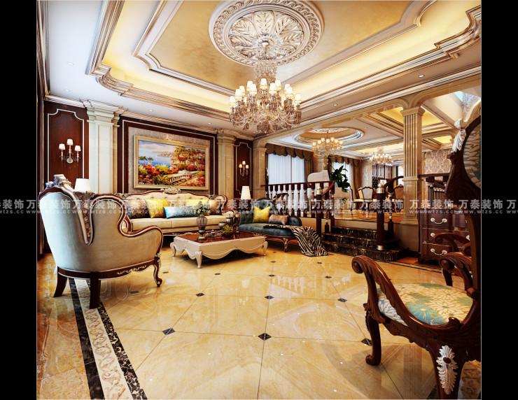 客厅吊顶采用大型造型灯池,并用手工描金石膏线修饰.