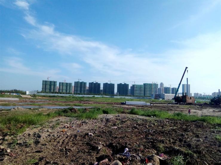 案名春风南岸,该项目也是中南,龙湖,华德联袂打造的南通春风系首作!