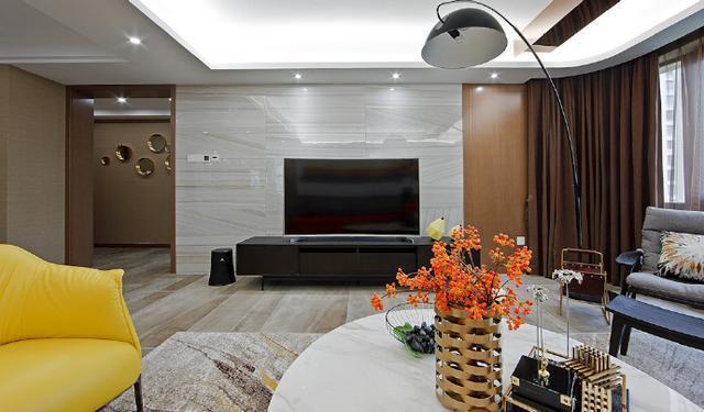 简约风格家居装修设计,那一抹黄恰到好处地让整个空间灵动起来,温馨而