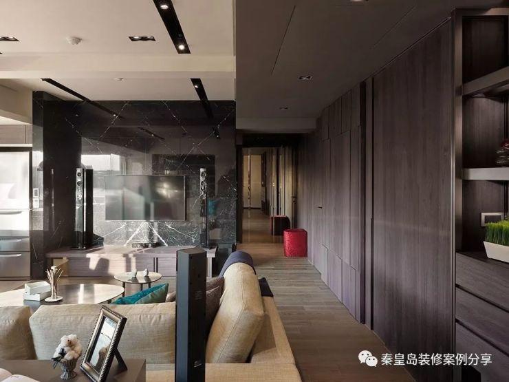 秦皇岛戴河新城123平米三居室台式风格装修案例效果 电视墙像被砸了图片