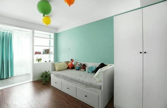 卧室墙面刷乳胶漆,简单大气!