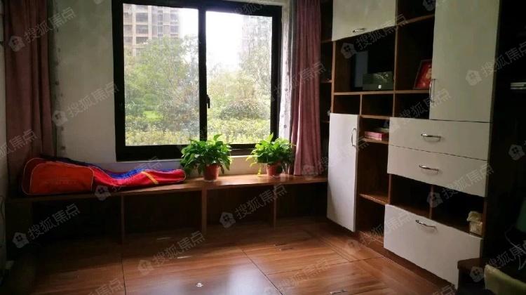 华润悦锦湾 4室1厅2卫