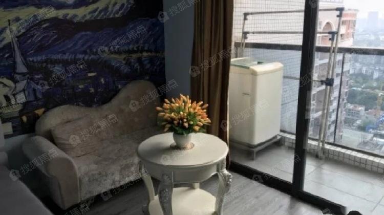 低门槛入住珠江新城 白领公寓 保养好 带双省级学位