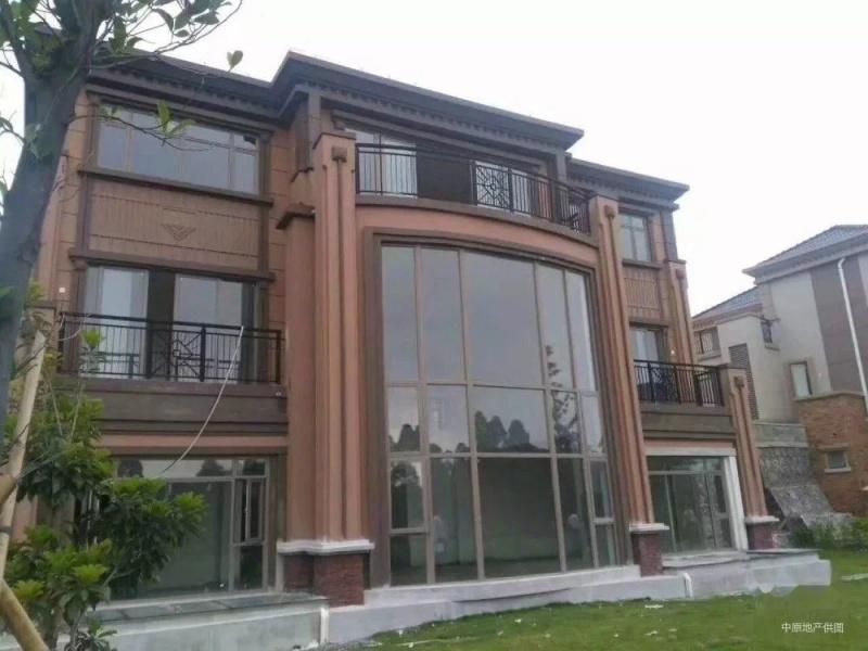 海逸豪庭 独栋别墅 户型方正 风景好 增送150平地下室