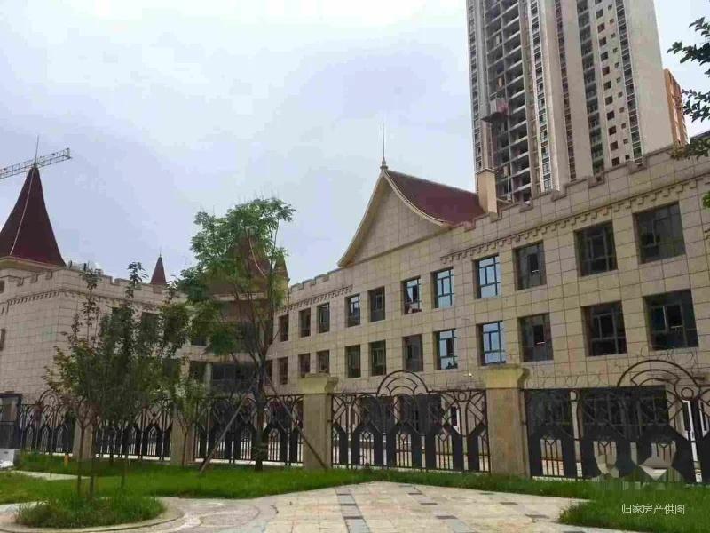 光华新城幼儿园 3077平米 单价不到一万2800出售