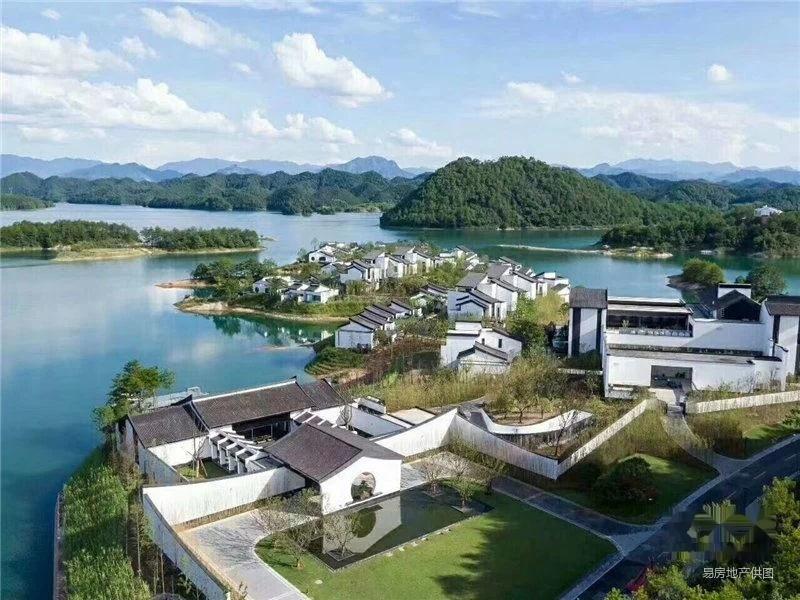 千岛湖天屿小面积中式度假别墅 一线湖景 私家游泳池