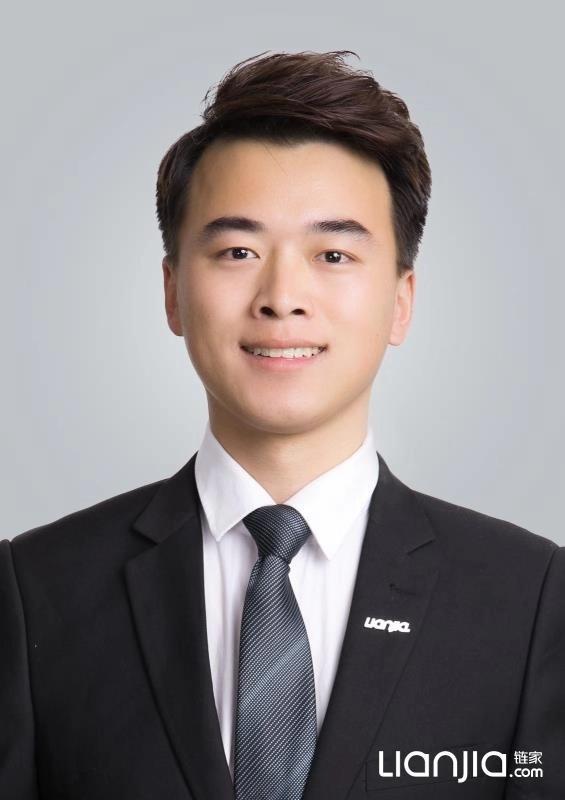 明星经纪人|刘栋:积极阳光,用笑容服务客户