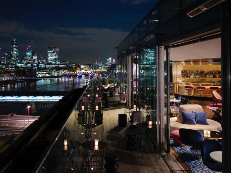 全球顶级河畔酒店,竟然不如长沙这个地方...