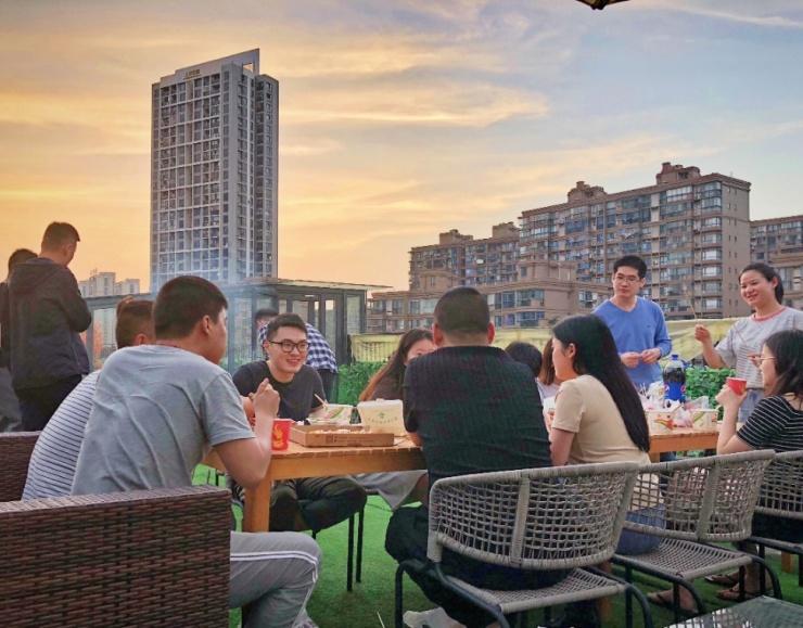 长租公寓最具影响力品牌,合肥龙湖冠寓让你住的不将就
