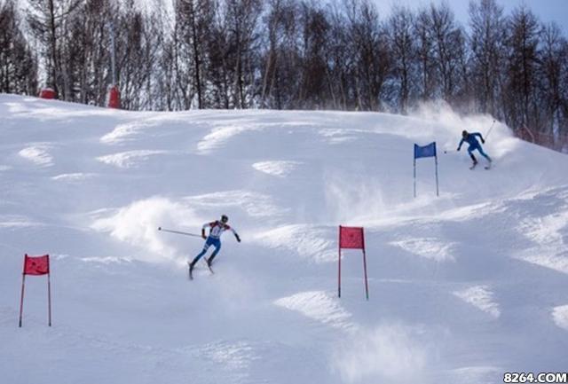 """""""麒先体育杯""""2018世界杯滑雪登山赛崇礼举行"""