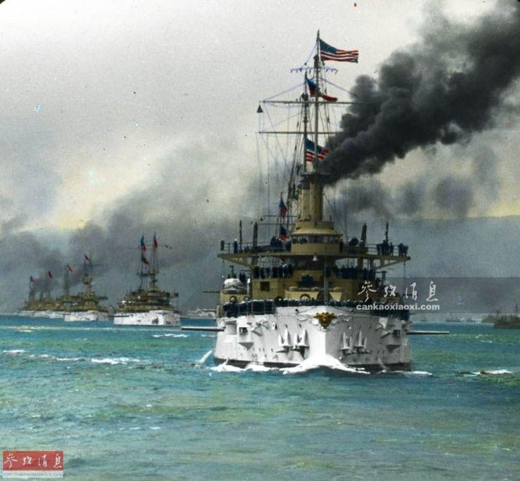 """美海军曾给士兵配发""""墨水炸弹"""":消除后者遭鲨鱼袭击的恐惧"""