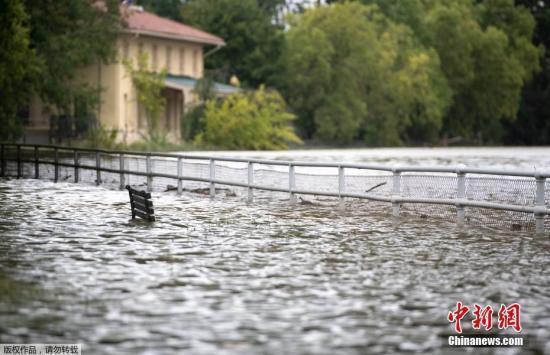 """飓风""""弗洛伦斯""""打破北卡罗来纳州近20年降雨记录"""