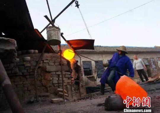 山西长治四代人传承百年砂锅制作工艺:从守护到创新